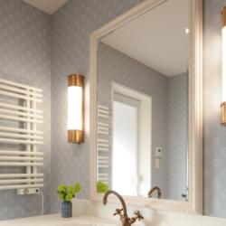 洗面所のリフォーム事例|クラシカルで美しく、機能的な洗面脱衣室へ