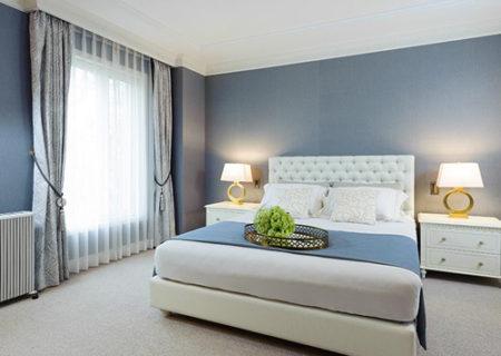 吸音性の高い材料で仕上げた、ホテルライクな寝室