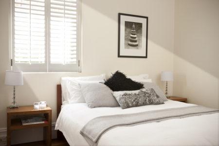 白い寝室の事例