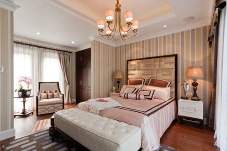 ホテルのようなおしゃれなベッドルーム